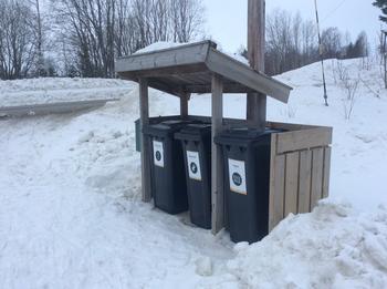 avfallshus på høylandet