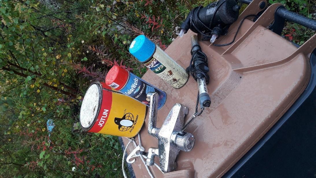 Farlig avfall funnet i container