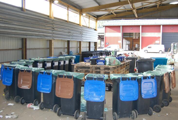 Oppsett av beholdere og bord for plukkanalyse